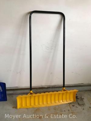 "36"" Pusher Snow Shovel, yellow poly blade"