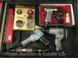 Group of Air Tools & Accessories, incl. chisel, impact wrench, ratchet, board sander, tire inflator, etc.