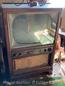 Philco High Fidelity 90 Console TV, mahogany cabinet is faded & some scratches, unknown working cond