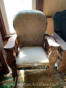 Antique Oak Rocker with paddle arms, round upholstered back & seat, needs reuphosltry, frame good