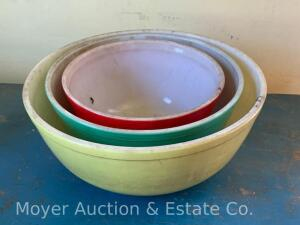 3pc. Pyrex Mixing Bowl Set, primary colors: yellow, green & red