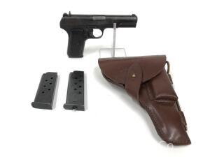Romanian Service Pistol/Cugir Arms Tokarev Model TT-30, 1952, Includes 3 Magazines, Leather Holster and Cleaning Rod