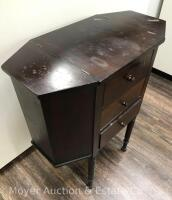 "Martha Washington-style Sewing Stand, 3dr. with lift-top sides, nice condition with one drawer knob missing, 25""wide - 2"