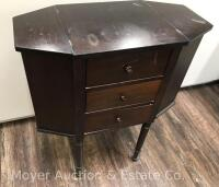 "Martha Washington-style Sewing Stand, 3dr. with lift-top sides, nice condition with one drawer knob missing, 25""wide - 4"
