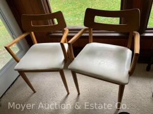 "Pair of Mid-Century Arm Chairs, Bassett Furniture Co., 22""w"