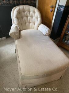 Chaise Lounge Chair, good condition