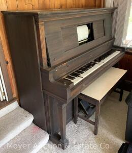 Stroud Duo-Art-Pianola, Player Piano with bench (lid not attached), all keys play, expect player to need repair