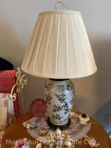 Single Floral Pottery Table Lamp