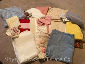 Group of Linens, Tablecloths, Towels, Etc.