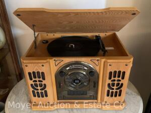 Vintage-style Record Player, Radio with cassette & CD player, lite oak cabinet, like-new condition & works