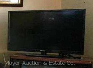 "Craig 32"" HD LED Flat-Screen Television with remote control, not working"