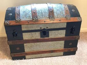 "Curved-Top Trunk with liner, antique, refinished, 33""w x 23""t"