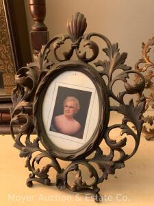 "Ornate Iron Picture Frame, oval opening, with stand-leg, 11""h"