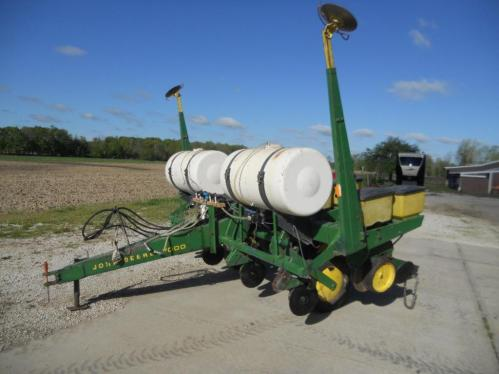 John Deere 7000 Corn Planter 4 Row Plate Less S N 119589a