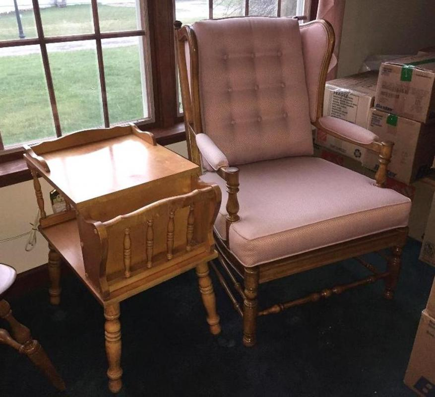 pair of ethan allen wingback chairs maple end table current rh bid moyerauction com