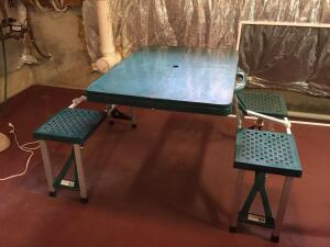 Portable camping picnic table