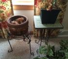 Plant stands & planters