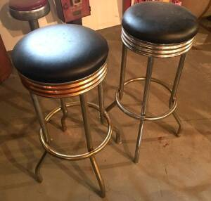 Pair of Metal Bar Stools