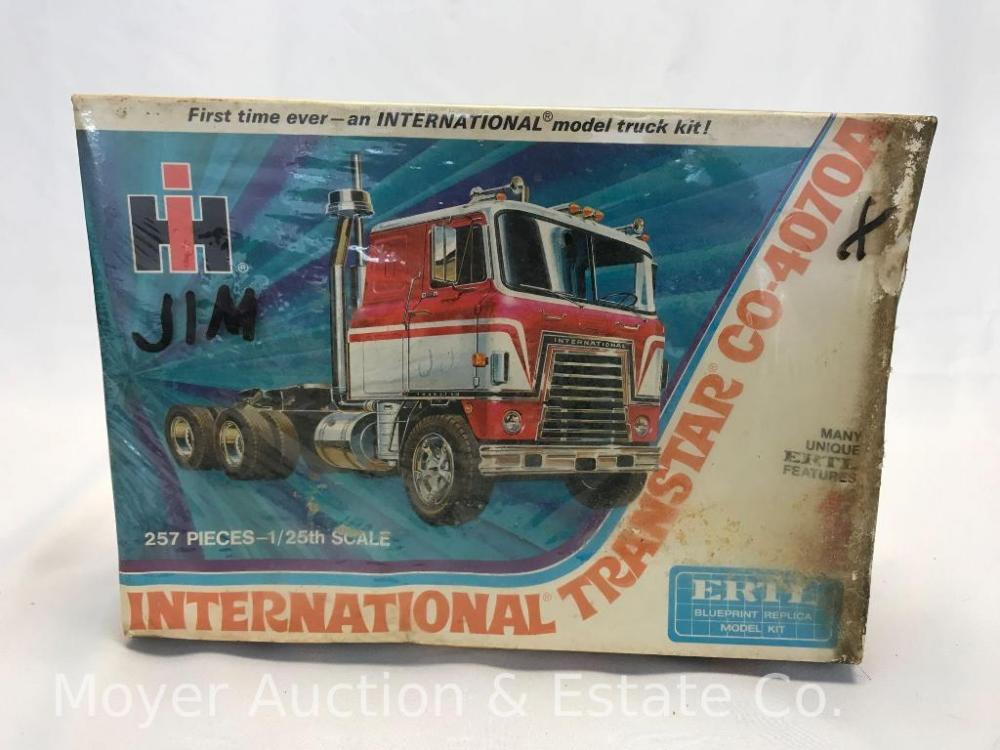 New Ertl International Tanstar CO-4070A Model Kit